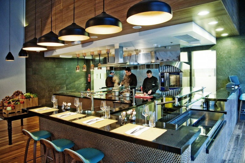 Oxbo Urban Bar Grill Coctail Bars Bars And Night Life Zagreb Expat